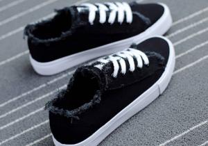 帆布鞋什么时候穿 适合是夏天穿还是适合冬天穿