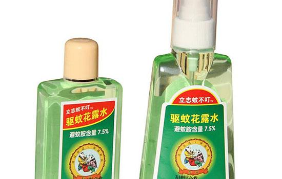 【美天棋牌】花露水洗头发有什么好处 什么人不能用花露水洗头