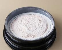 粉质轻柔细腻的散粉 cpb蜜粉怎么安装