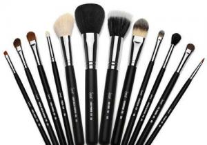 化妆刷能用橄榄油洗吗? 化妆刷不同材质清洗方法