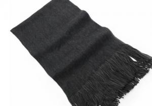 女生送男生围巾代表什么意思 为什么说送男生围巾会分手