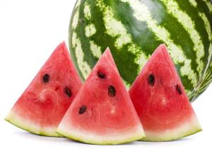 宝宝夏天可以吃西瓜吗 宝宝多大可以吃西瓜