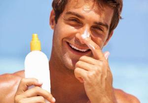 防晒喷雾能不能喷脸上 和防晒霜防晒乳选哪个更好