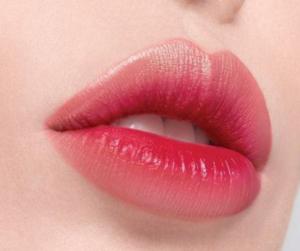 花瓣唇是什么 花瓣唇和樱桃唇、大红唇有什么区别