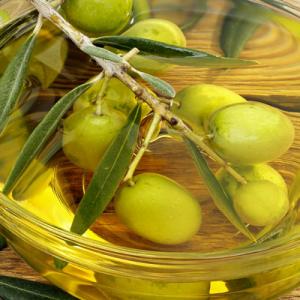 橄欖油能去皺嗎 按摩后要洗掉嗎