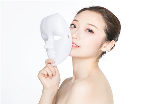 敷完面膜要不要洗脸 看面膜类型