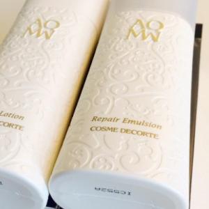 黛珂白檀水乳精華使用順序 美白和修復的區別