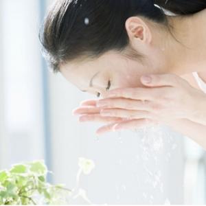 凉开水洗脸有什么效果 和自来水洗脸有什么区别