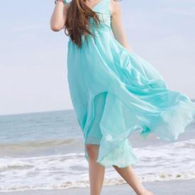 沙灘裙平時可以穿嗎 里面穿什么內衣
