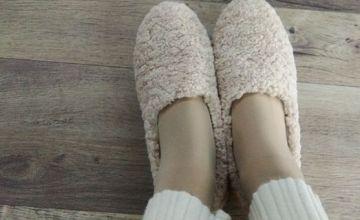 脚宽女生夏天穿什么鞋 脚宽的女生适合穿什么鞋