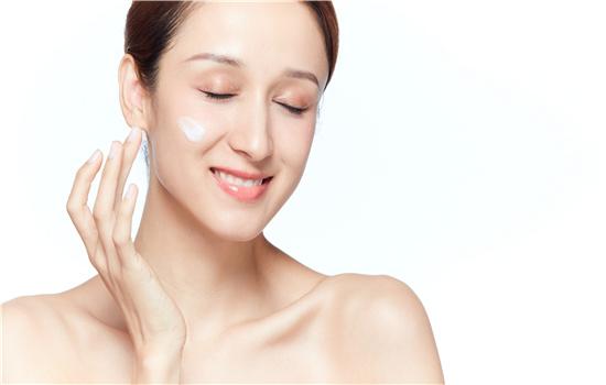 补水面膜可以一天做两次吗 敷完要洗脸吗