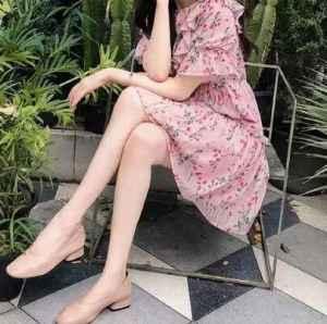 夏季连衣裙搭配什么鞋子好看 这样搭很舒服又有气场