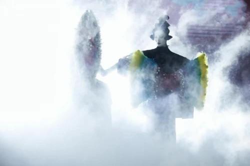 """【美天棋牌】突出重围 时尚新锐向世界展示""""中国设计"""""""