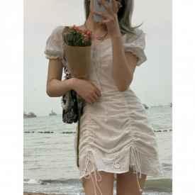 无袖连衣裙怎么遮手臂