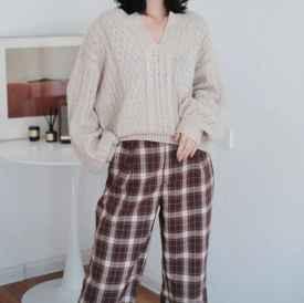 圓臉、肉臉秋冬如何選擇合適的毛衣