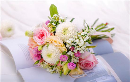 结婚办婚礼要准备多少钱