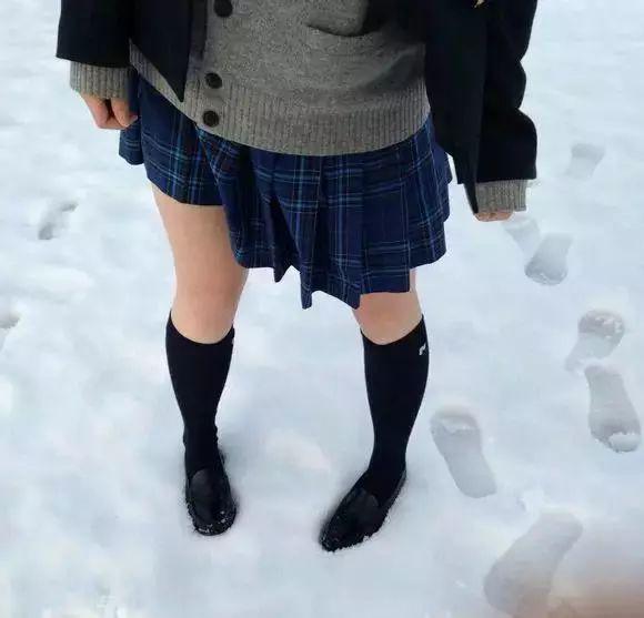 冬天女生穿衣打扮注意些什么?看看你有没有中招吧