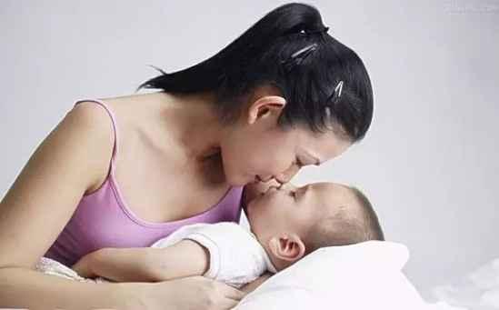 断夜奶的方法 怎么给孩子断夜奶好