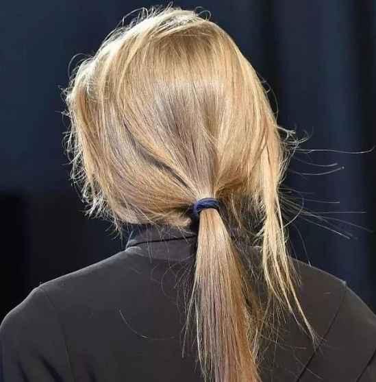 中长发发型扎法简单 头发这么扎美得不像话