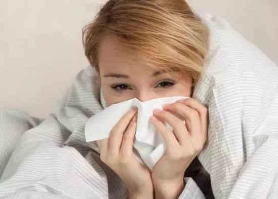风热感冒和风寒感冒的区别是什么 对症下药是关键