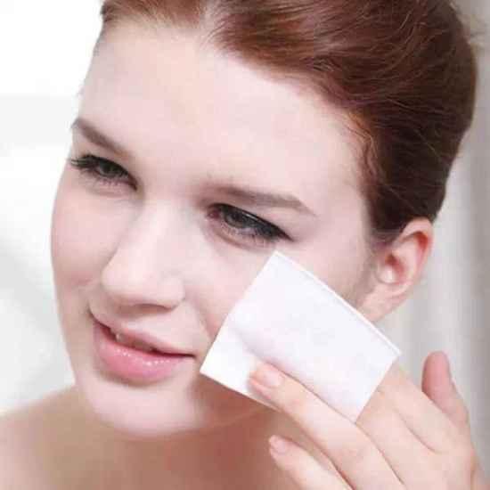 化妆水和紧肤水怎么买 一分钟告诉你怎么买