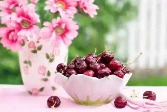 麦吉丽护肤品:女人美白吃什么食物 这五种食物最好每天吃点