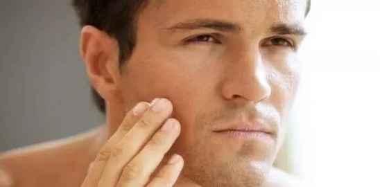 男人毛孔粗大如何解决 教你改善你的毛孔粗大问题