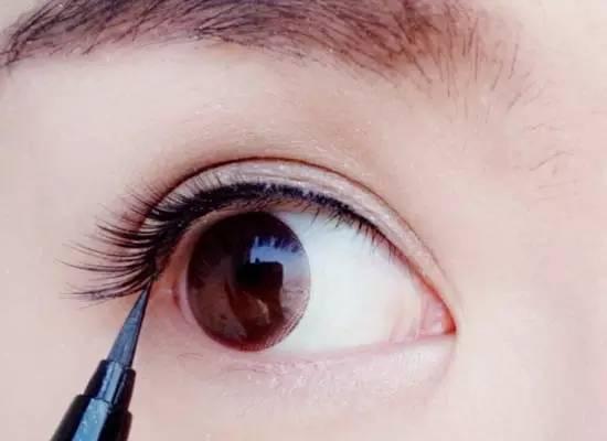 上班需要淡妆怎么画 十分钟画好通勤妆