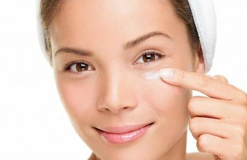 眼霜的正确使用方法 眼霜误区普遍都踩过雷