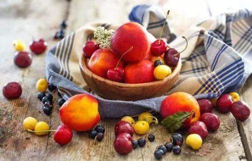 孕期吃什么对皮肤好 孕期吃这些水果100%对皮肤好