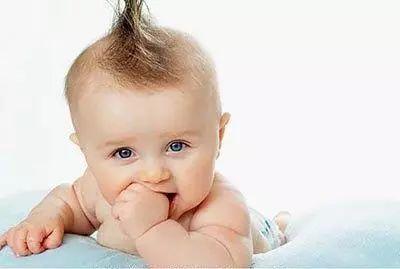 宝宝大便有奶瓣怎么回事 大便有奶瓣的原因及处理办法