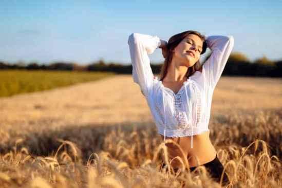 达人力荐秋季美容护肤小窍门 让你拥有白皙透亮的瓷肌
