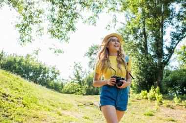Emma Roberts时尚大片 示范夏日甜美穿搭