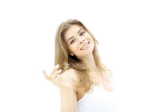 防晒乳可以直接涂吗,防晒乳可以擦脸吗,防晒乳可以直接用吗